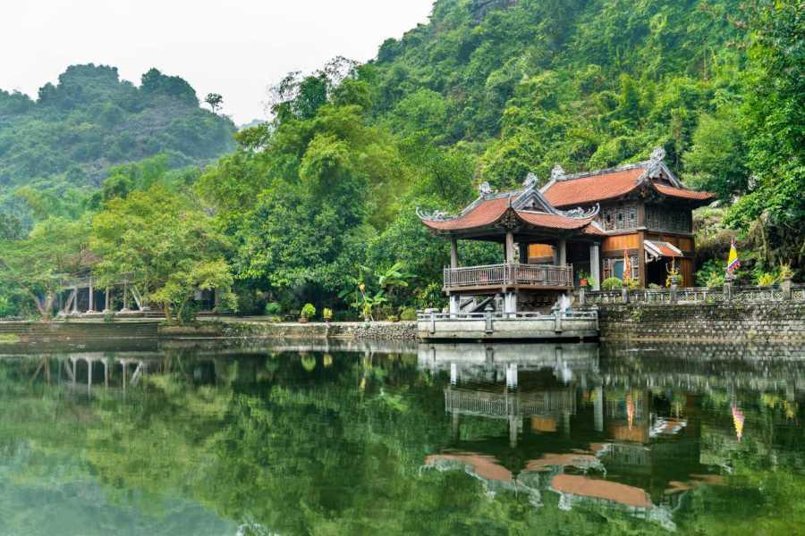 OCEAN TOURS Hoa Lu - Tam Coc