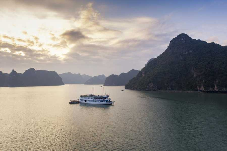 OCEAN TOURS ERA LUX 5* one night cruise