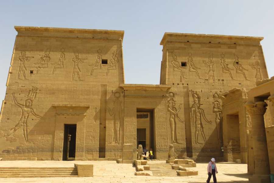 Marsa alam tours 7days Egypt tour package Cairo Aswan luxor and Red sea