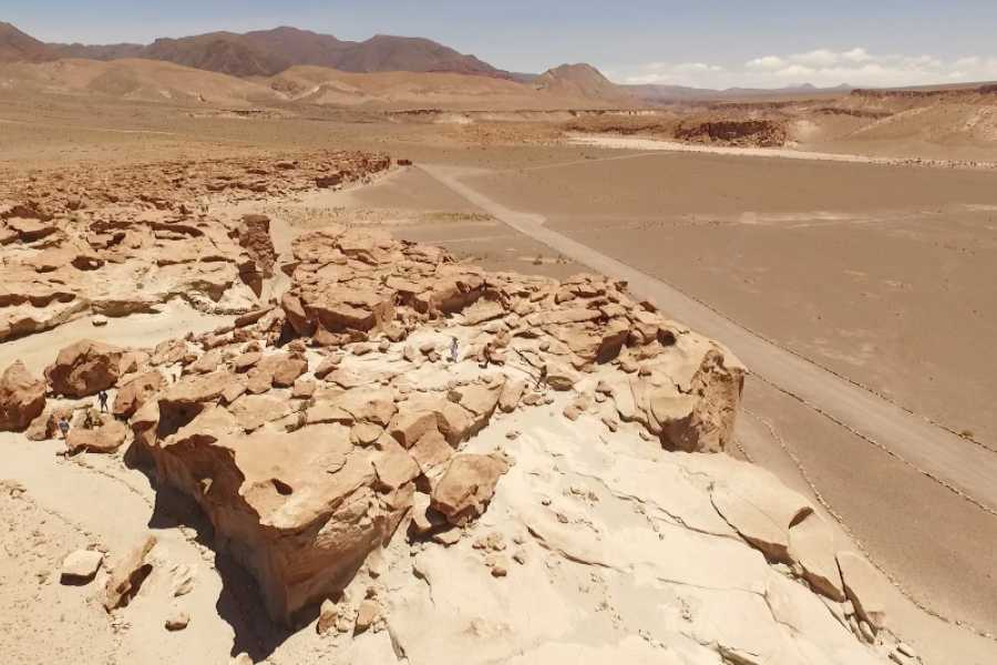 Uyuni Expeditions ARCHAEOLOGY AND MORE! 2D