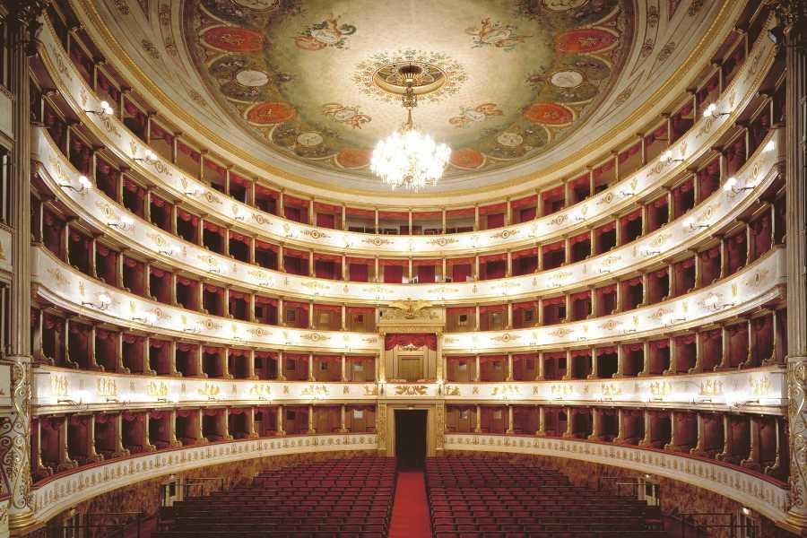 Modenatur Visita guidata al teatro Comunale Luciano Pavarotti