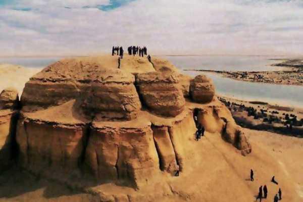 2 Day Trip to Bahariya Oasis with White Desert