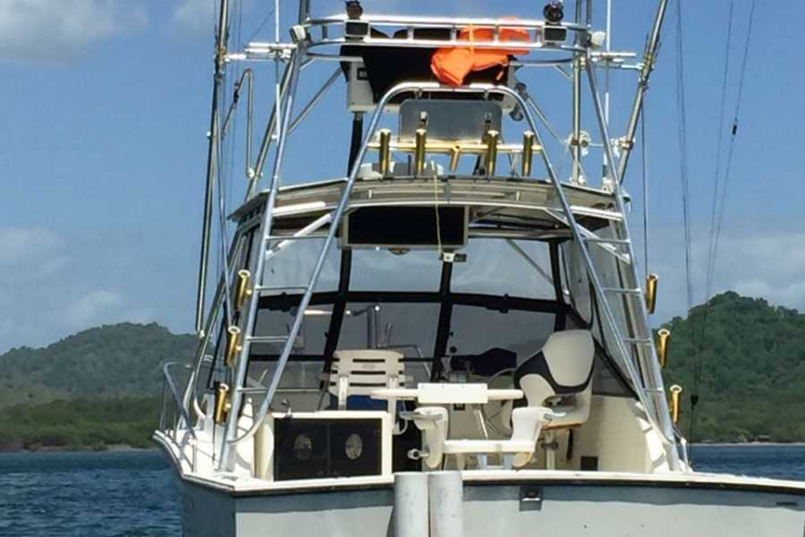 Tour Guanacaste Maestrito Sport Fishing Boat