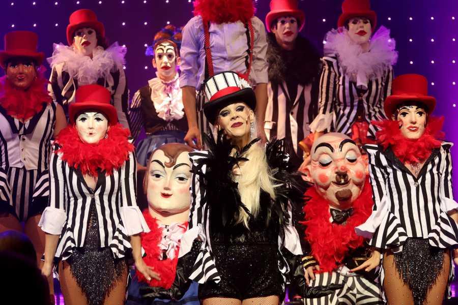 Turistico s.r.o. Cabaret Show Praga