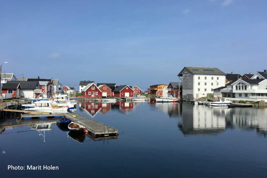 FRAM Fra Veiholmen (Smøla) til Kristiansund (en veg)