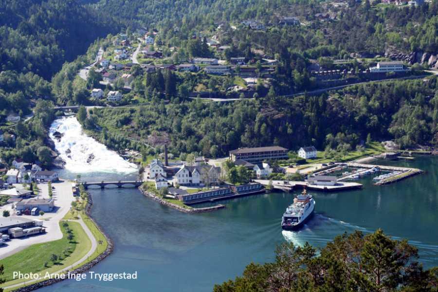 Travel like the locals (Møre og Romsdal) Rundtur Stryn - UNESCO Geirangerfjord