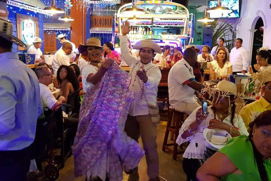 Aventuras 2000 CIKI 2020 - Panamanian Dinner & Folkloric Show (LA FONDA)