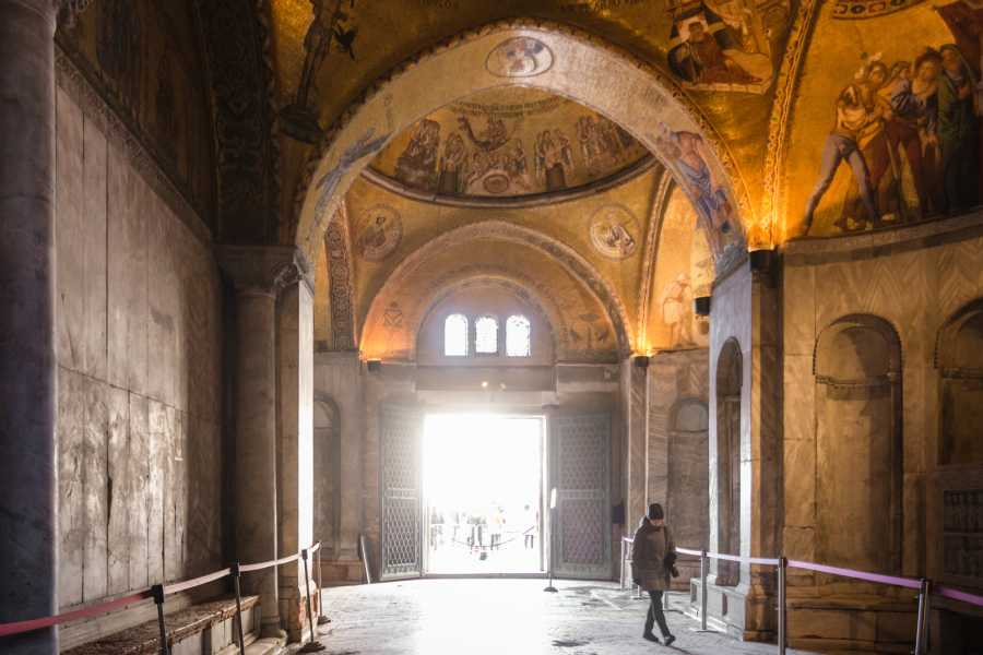 Venice Tours srl TITTI - The Golden basilica: skip the line