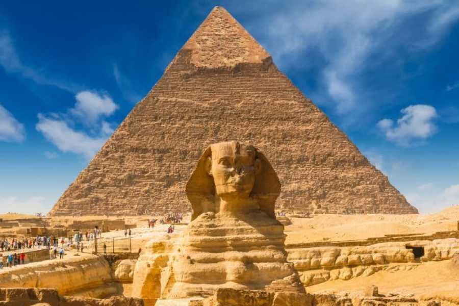 Excursies Egypte walking trip at Giza Pyramids with Camel ride from Cairo