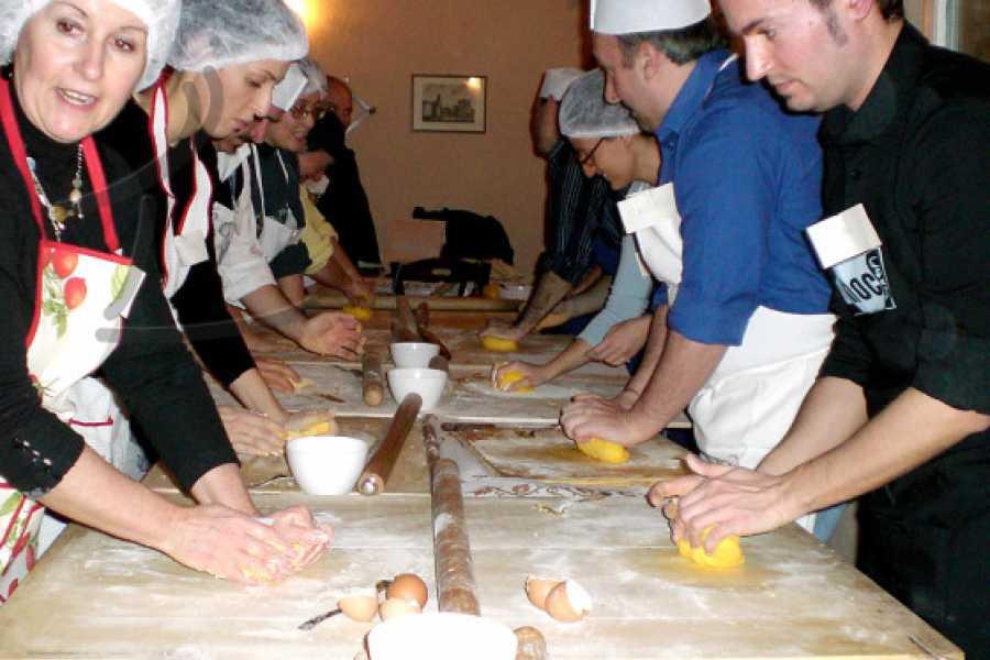 Enoteca Emilia Romagna COOKING PASTA COURSE