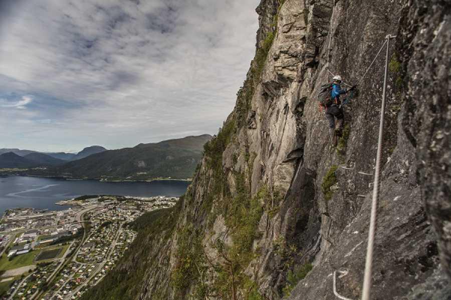Norsk Tindesenter Geführte Klettersteigtour: Romsdalsstigen West Wand