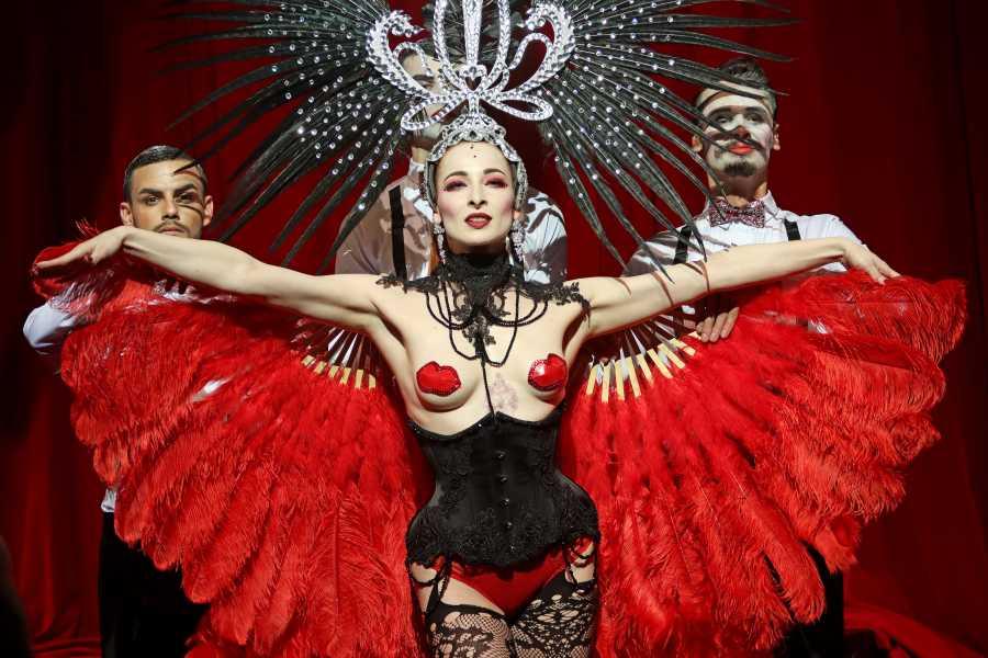 Turistico s.r.o. Cabaret Show Prague
