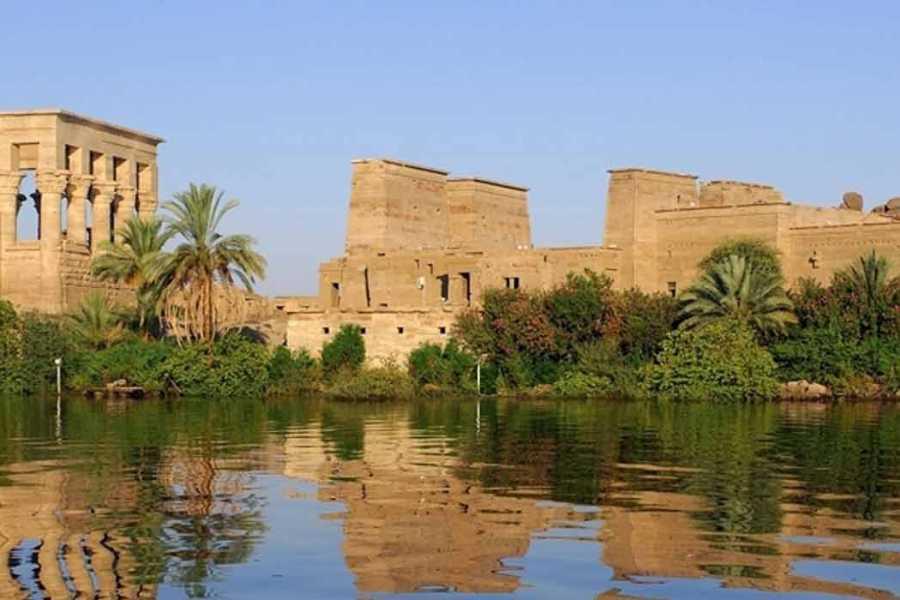 Marsa alam tours 5 Days Nile Cruise Between Luxor and Aswan on MS Amwaj Living Stone Nile Cruise