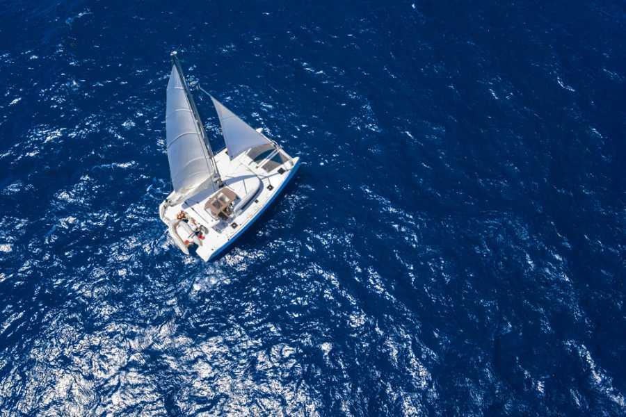 Tour Guanacaste Manta Ray Private Catamaran Charter