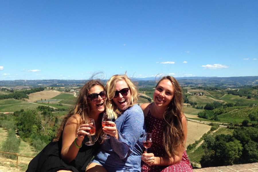 Italy on a Budget tours PRIVATE TUSCANY WINE TOUR