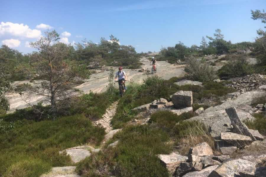 Outdoor West MTB-tour: Granite and quarries (intermediate level)