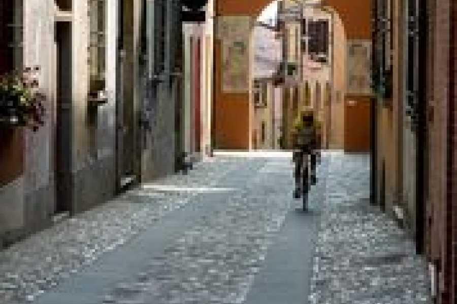 Bologna Welcome Nel cuore dell'Emilia-Romagna in sella alla bici: tra storia, borghi e vigneti