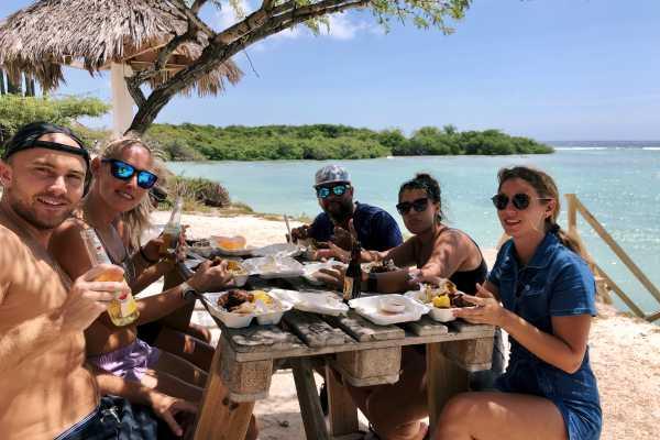 'The secrets of Aruba' Complete Island Tour