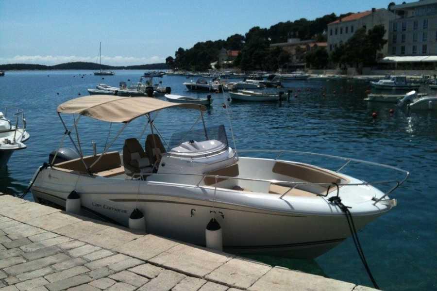 PORTAL TRAVEL AGENCY Blue Lagoon private tour with Janneau Cap Camarat 7.5