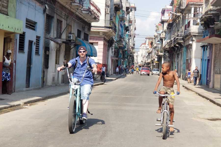 Cubyke Travel Habana Mafia -Tour