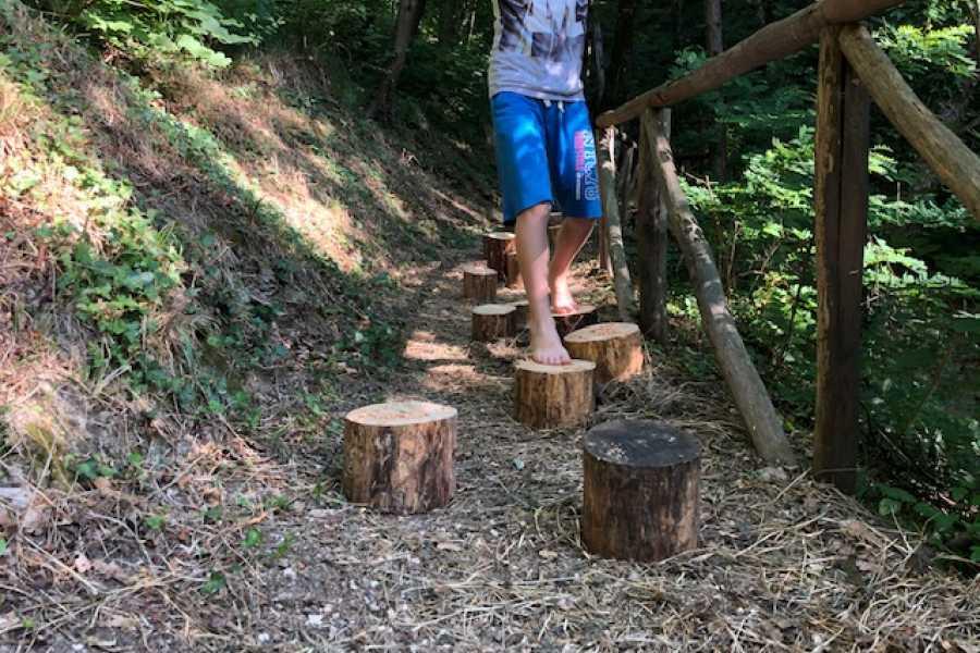 Emilia Romagna Welcome Percorso Sensoriale a Piedi Nudi nel Sentiero degli Gnomi - i Percorsi del Savio