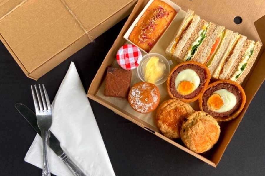 Halal Tourism Britain Afternoon Tea picnic box