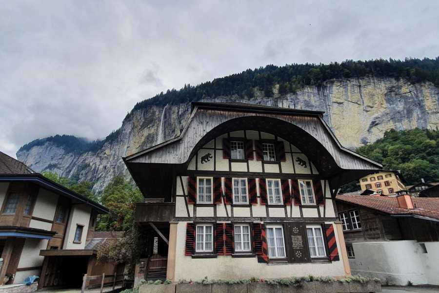 SwissTravelGuide Trümmelbach waterfalls plus Lauterbrunnen (GT)