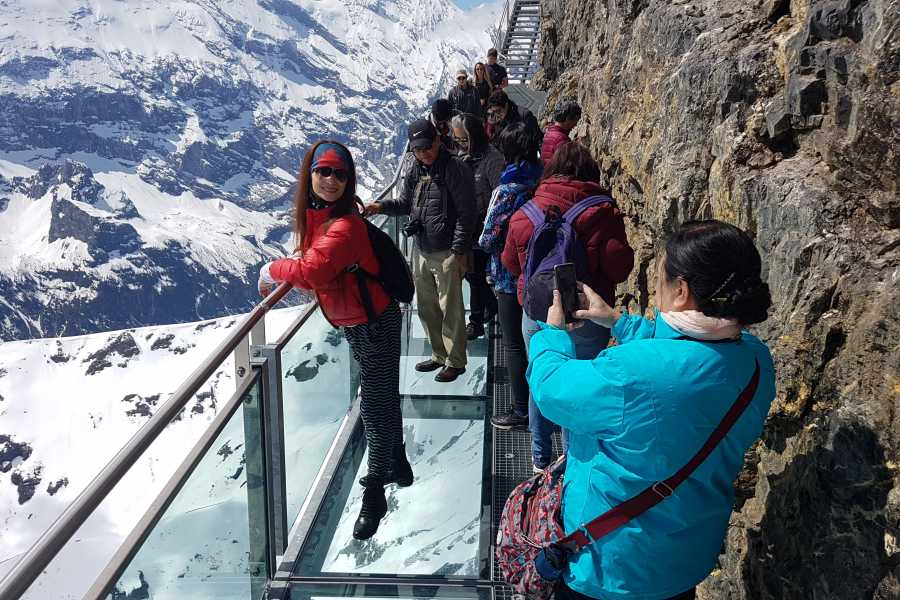 SwissTravelGuide Self-Guided Tour: Schilthorn Piz Gloria (James Bond Film Location)