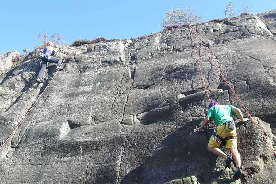 Outdoor West Private group (5-10 ppl): Introduction to Rock Climbing (granite)