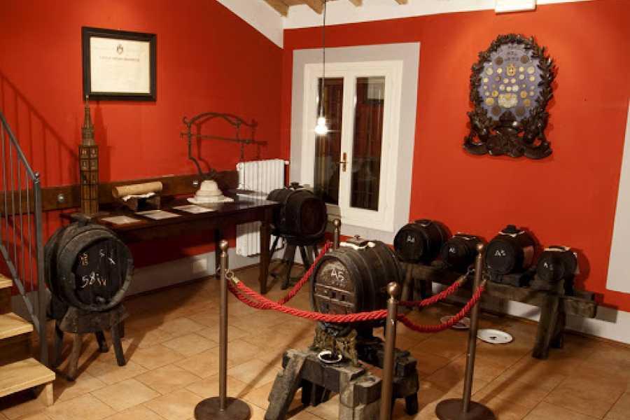 Modenatur In Bici alla scoperta del territorio di Modena con visita all' Acetaia Giusti