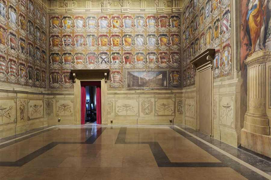 Bologna Welcome Besuch des Uhrenturms und der Städtischen Kunstsammlungen