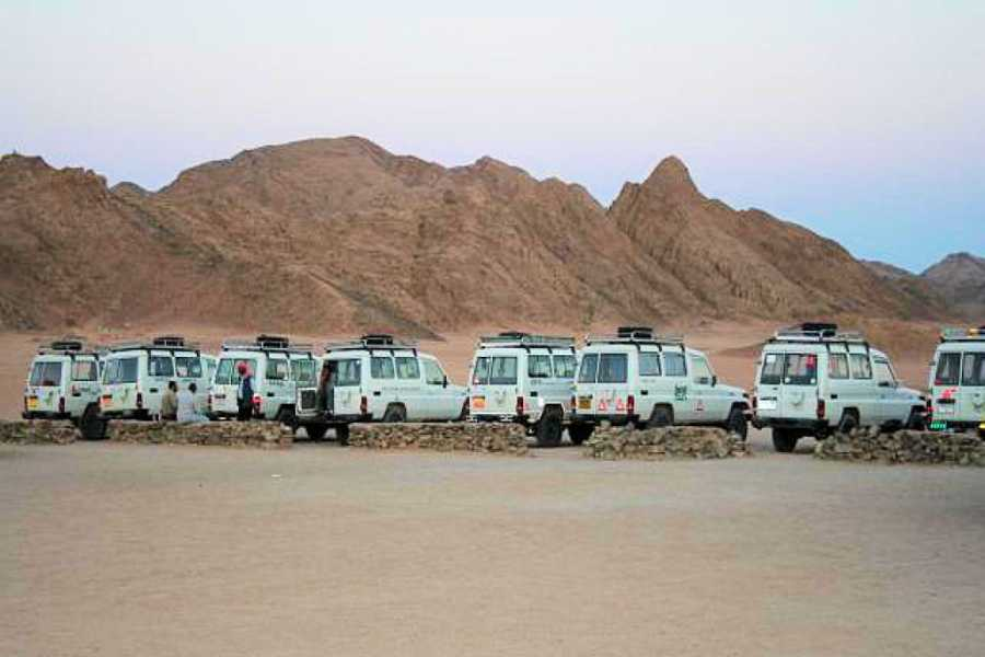El Gouna Tours Desert Super Safari Excursions by Jeep From Marsaalam