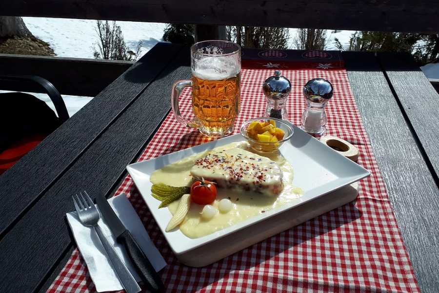 Outdoor Interlaken AG Randonnée en raquettes Lobhornhütte