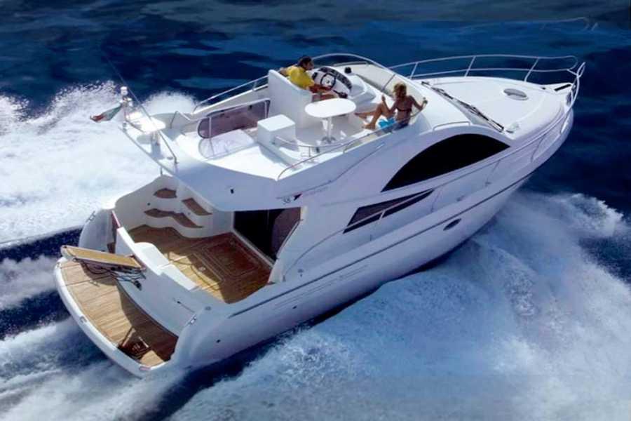 SailandPlay,SLU 4 Hour SUMMER 2021 Luxury Charlie Ruggle Cruise