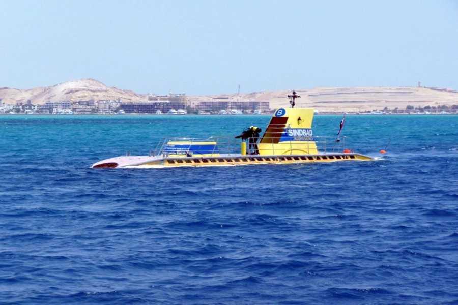 El Gouna Tours semi submarine El Gouna Egypt red sea Excursions