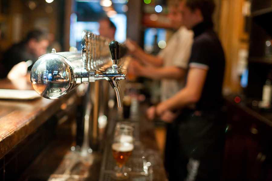 SANDEMANs NEW Brussels Tours Tour de Cervezas Belgas en Bruselas