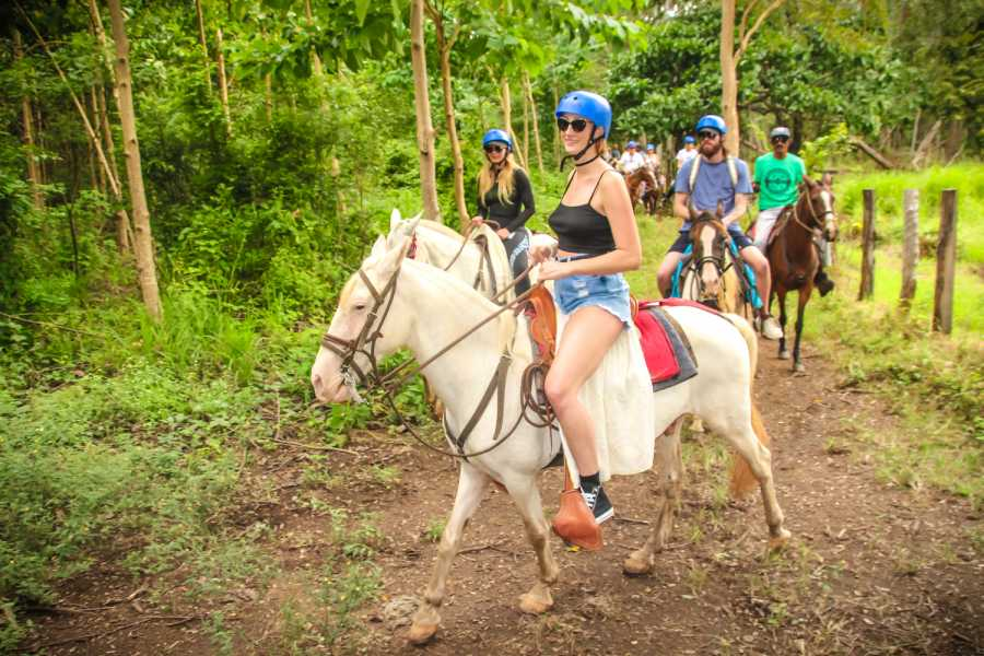 Tour Guanacaste Mountain Horseback Riding Tour
