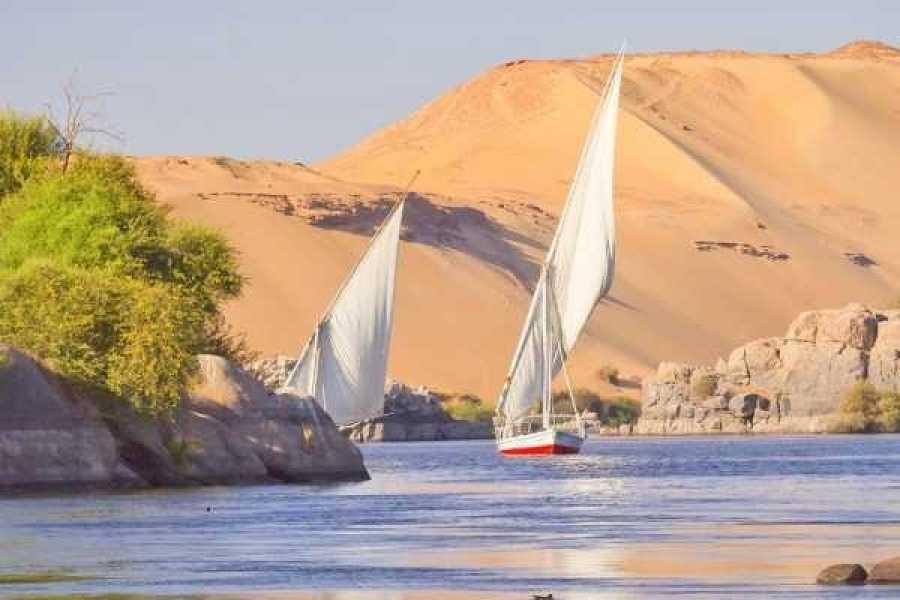 Marsa alam tours 10 day Egypt Itinerary Nile cruise and White desert tour