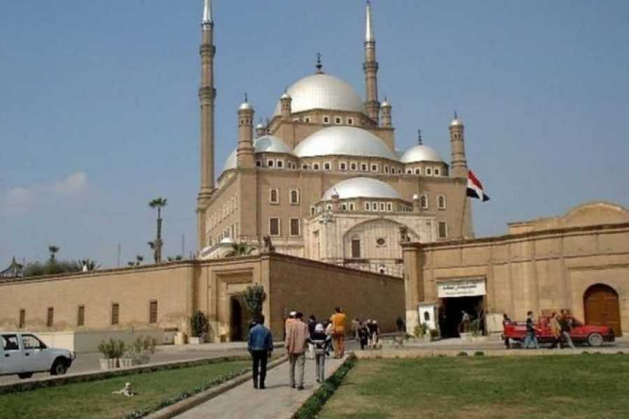 Daily tours Egypt Cairo two days tour from El Gouna by Car