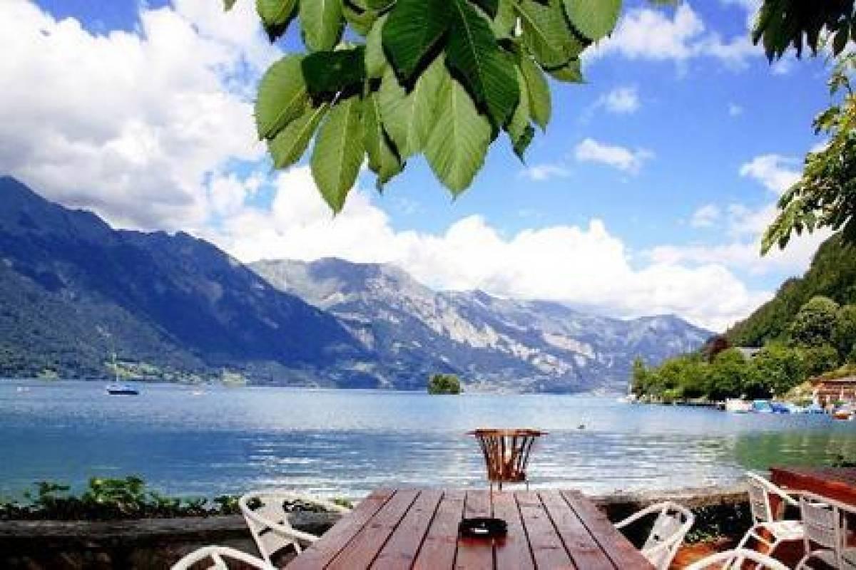 Outdoor Interlaken AG Lake Lodge Package
