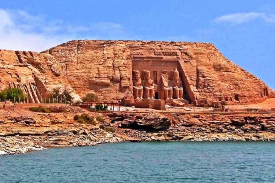 Deluxe Travel Germalo Tour Abu Simbel by Coach from Aswan