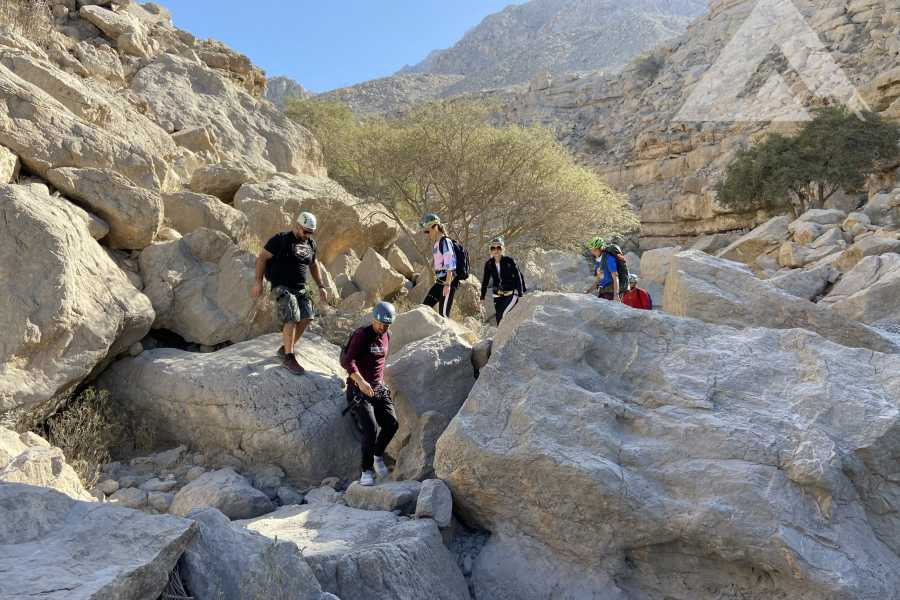 Adventurati Outdoor Hike + Abseiling at Wadi Wonderland Sunset (Sat 27 March )
