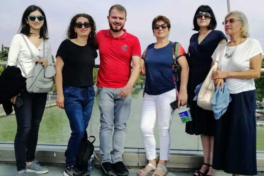 Friendly.ge Индивидуальная экскурсия по старому Тбилиси