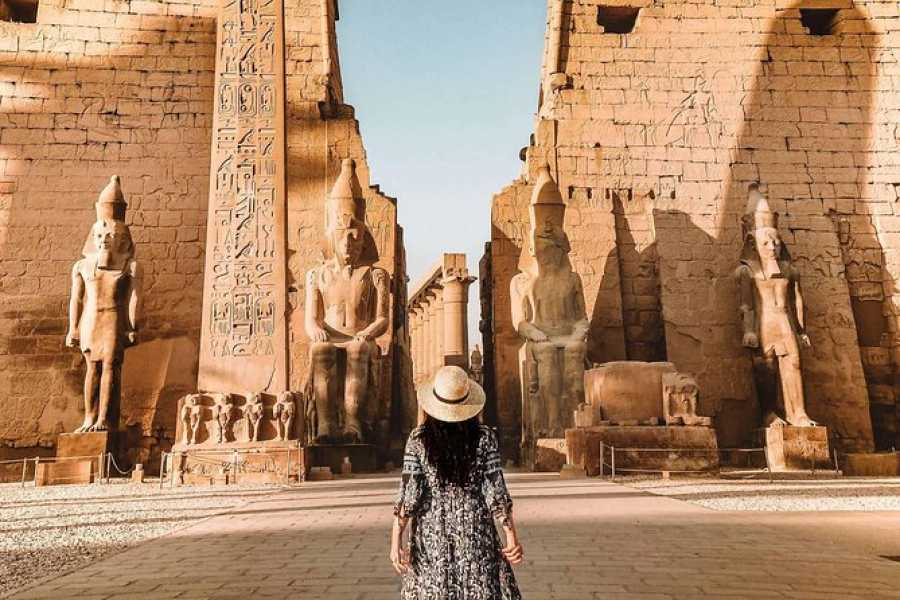 Daily tours Egypt Two Days Makadi Bay Excursion to Cairo and Luxor