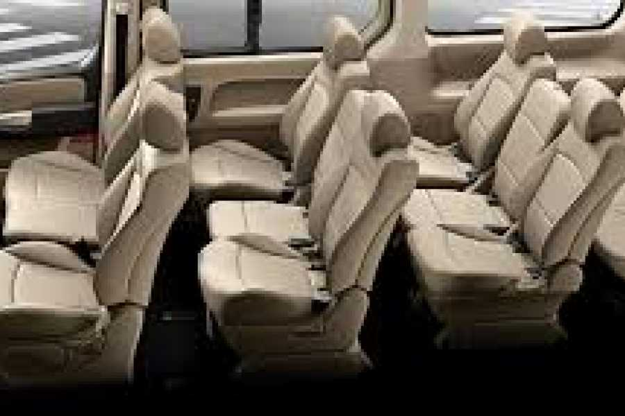 Tour Guanacaste Hyundai H1 Adobe Van Rental