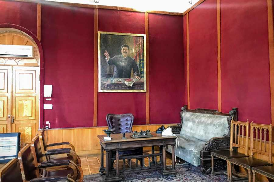 Friendly.ge Private Tour to Mtskheta, Gori (Stalin Museum), Uplistsikhe