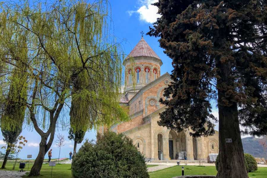 Friendly.ge Kakheti and Sighnaghi Full-Day Tour with Lunch and wine