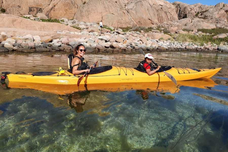 Outdoor West KAYAKING for families, an introduction