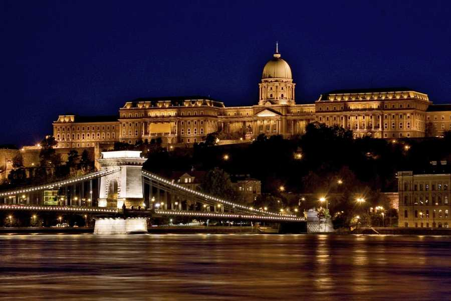 Bus2Alps AG Budapest - Meet Us There