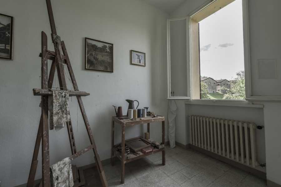 Bologna Welcome Sulle vie di Morandi, visita la Rocchetta Mattei e la Casa di Giorgio Morandi